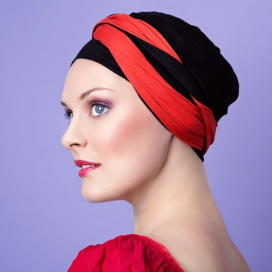 Bonnet Kenaya rouge et noir